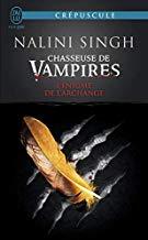 Chasseuse de vampires, Tome 8 L'énigme de l'archange