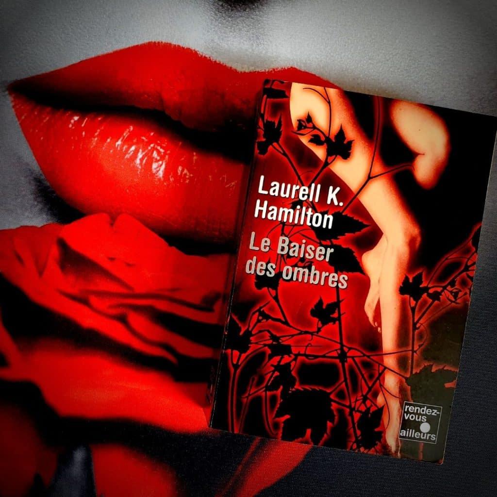 merry gentry tome 1  de Laurell K. Hamilton