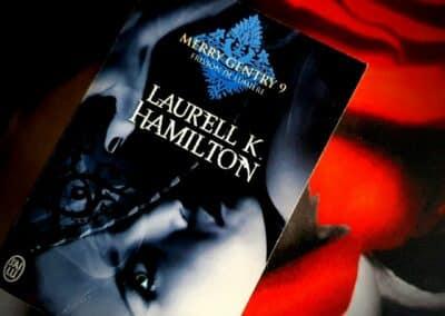 Merry Gentry Tome 9 : Frisson de Lumière de Laurell K. Hamilton